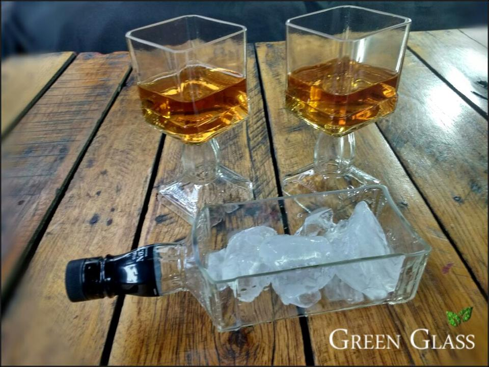 Vasos de Jack Daniels con hielera